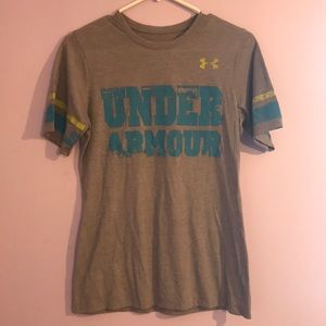 Womens Small Under Armour top